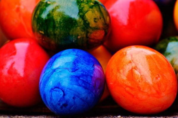 Lavoretti Pasqua | Crea colori naturali per le uova decorate