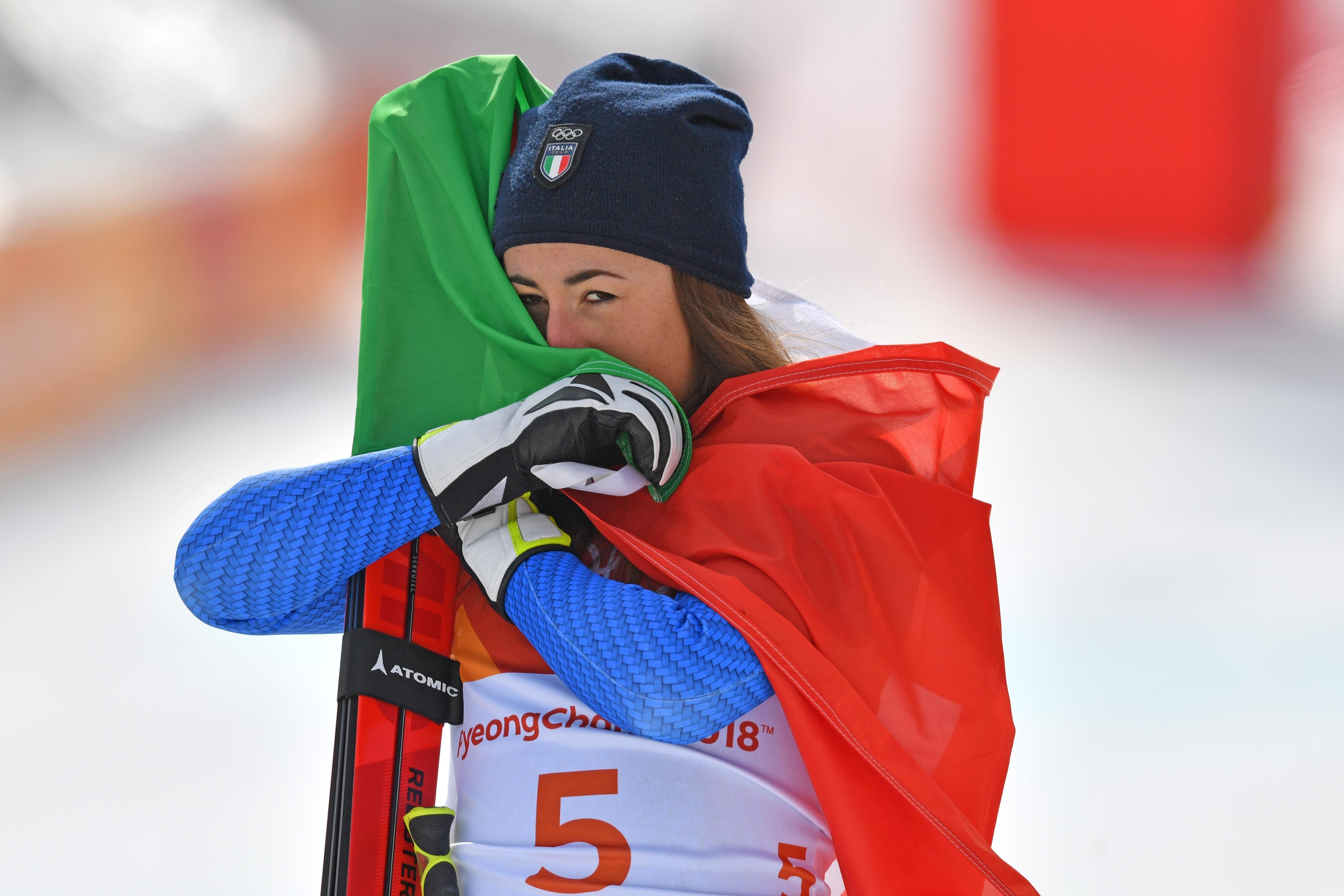 Le foto più belle della sciatrice Sofia Goggia, oro alle Olimpiadi / Image 7