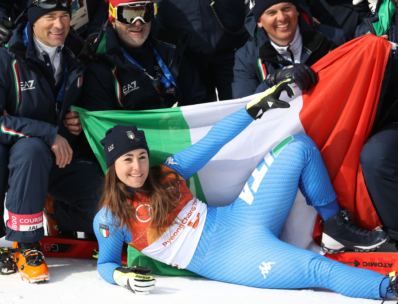 Le foto più belle della sciatrice Sofia Goggia, oro alle Olimpiadi / Image 23