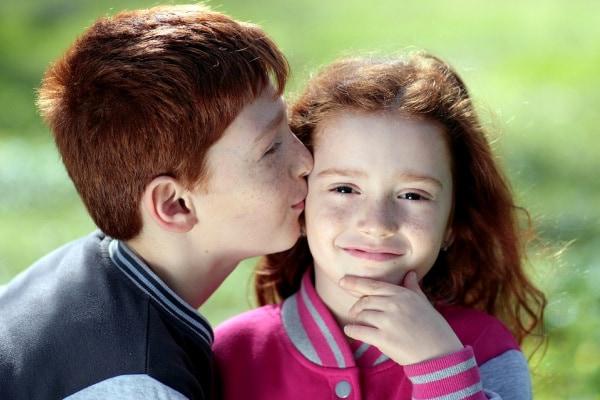 Scopri 20 curiosità sui baci che, forse, non conoscevi!