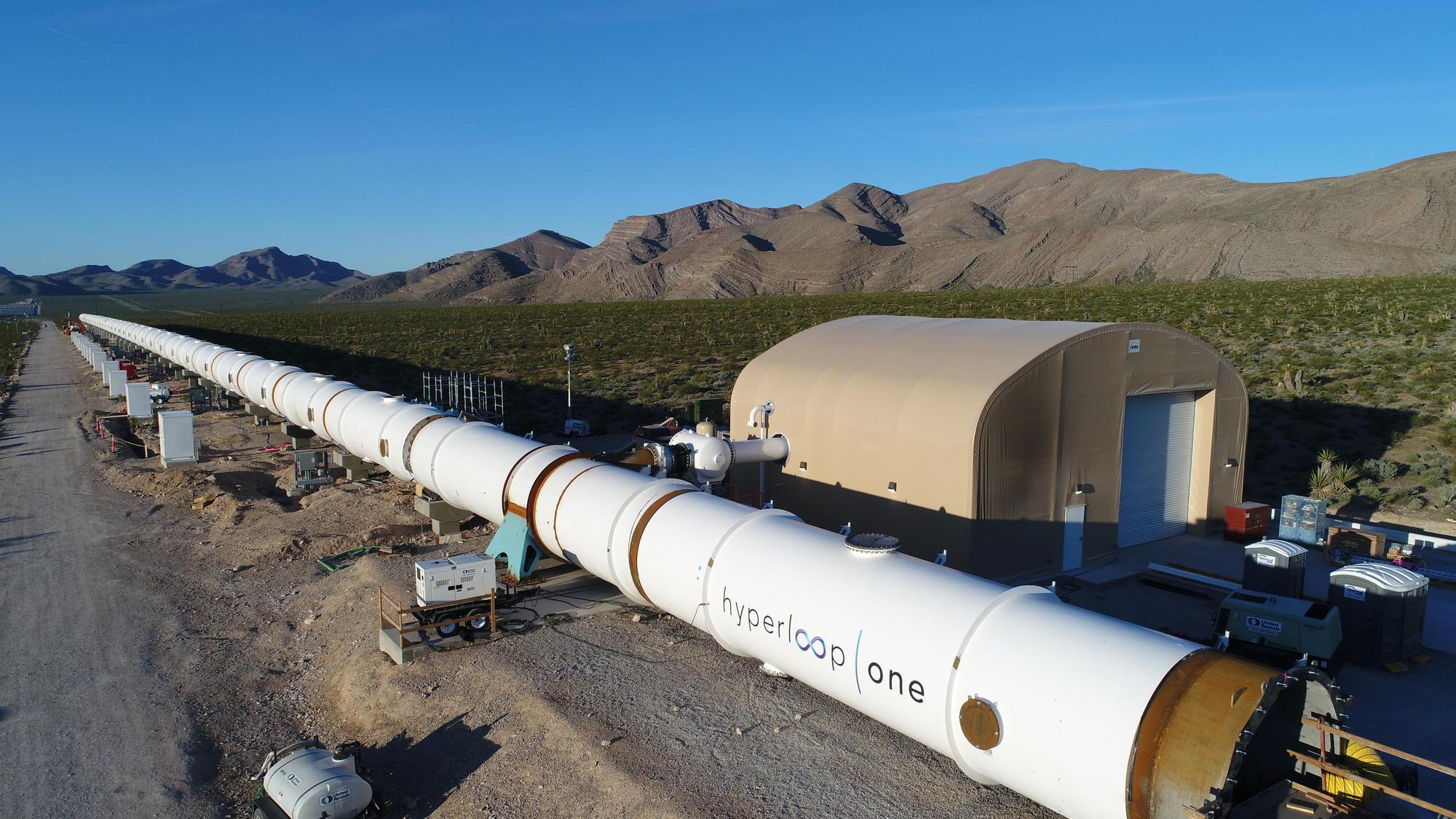 Dentro il treno più veloce del mondo, Hyperloop