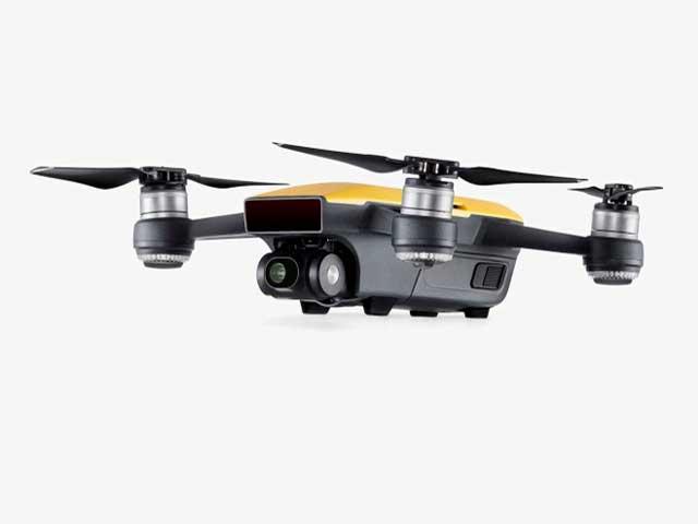 Spark, il drone piccolo come una lattina