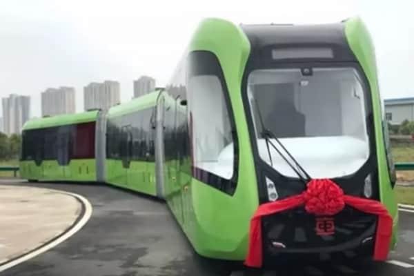 In Cina il primo tram senza binari