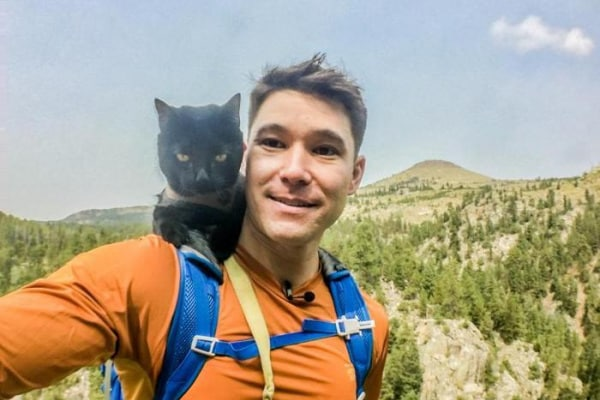 In giro per il mondo… con il gatto!