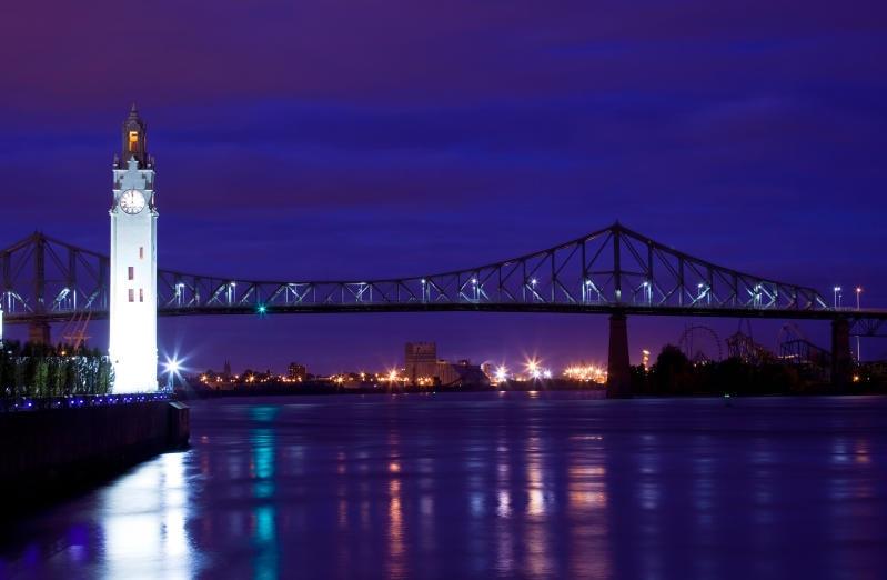 JUNIOR REPORTER: A Montreal il ponte che si illumina secondo i sentimenti della città