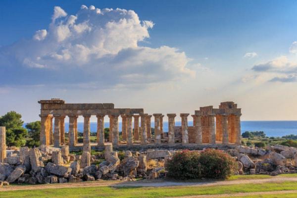 Ricostruito il volto di Avgi, la ragazza greca vissuta 9000 anni fa