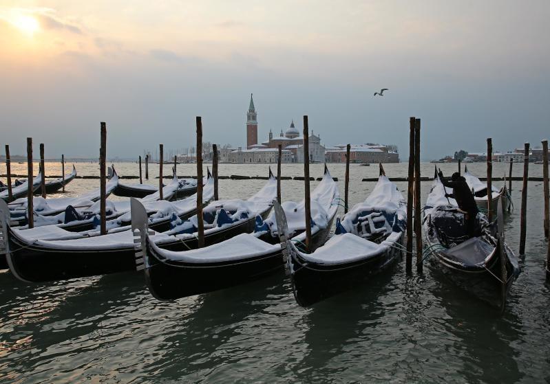12 suggestive immagini di luoghi innevati in Italia / Image 0